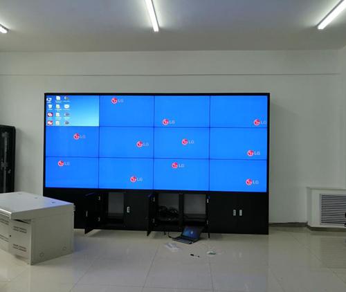 甘肃庆阳正洋现代生态农业科技有限公司拼接屏系统安装调式